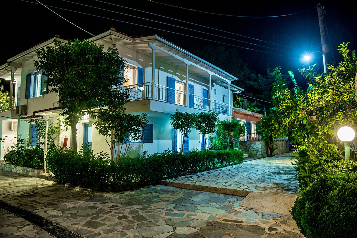 Lemon Garden Apartments Lefkada & Studios